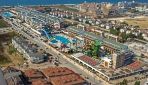 CRYSTAL WATER WORLD ANTALYA
