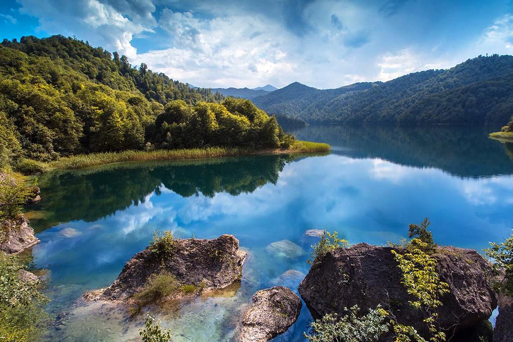 دریاچه گوی گول