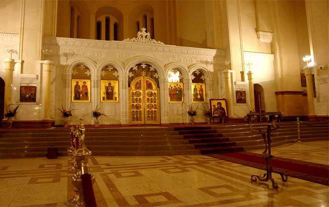سبک معماری داخل کلیسای سامبا