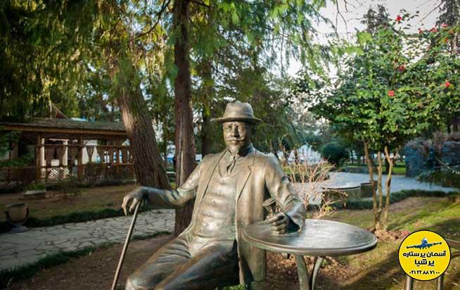 مجسمه مایکل دی آلفون بلوار باتومی گرجستان
