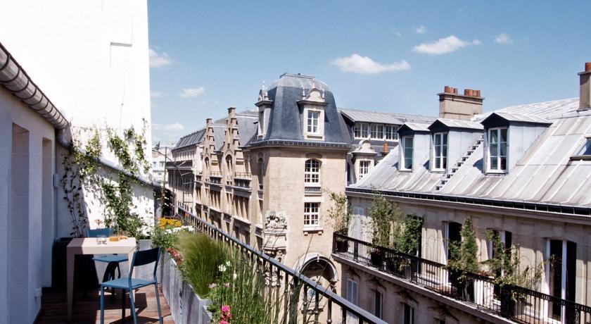 LE MATHURIN PARIS