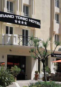 tonic hotel paris 5 212x300 - TONIC PARIS
