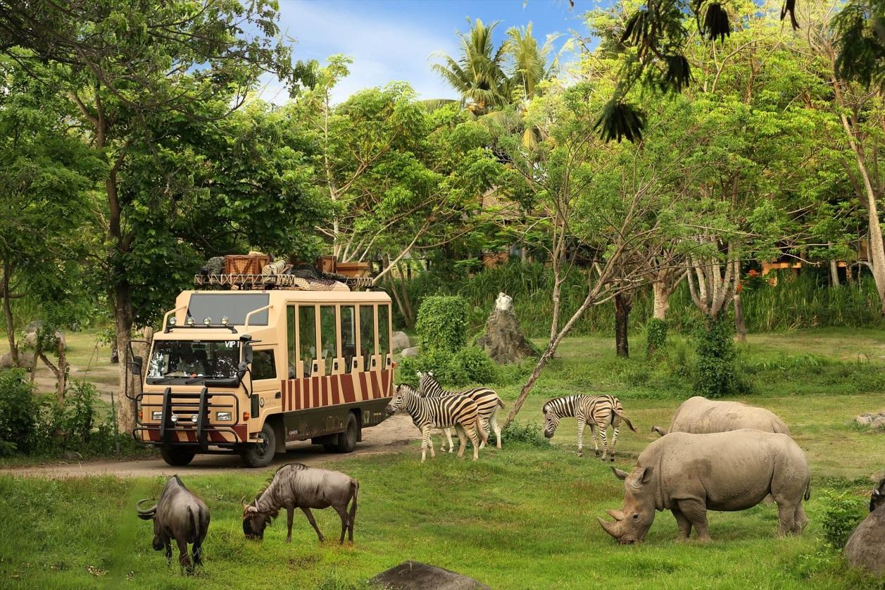 باغ وحش سافاری ورلد
