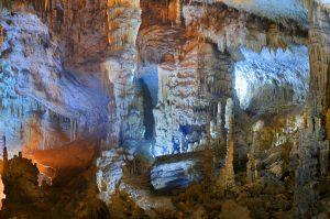 غار جعیتا در بیروت