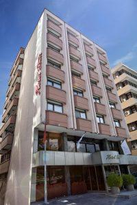 18506678 200x300 - HOTEL BEST