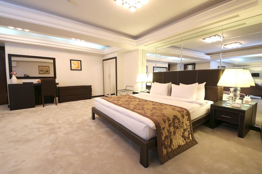 CARTOON HOTEL