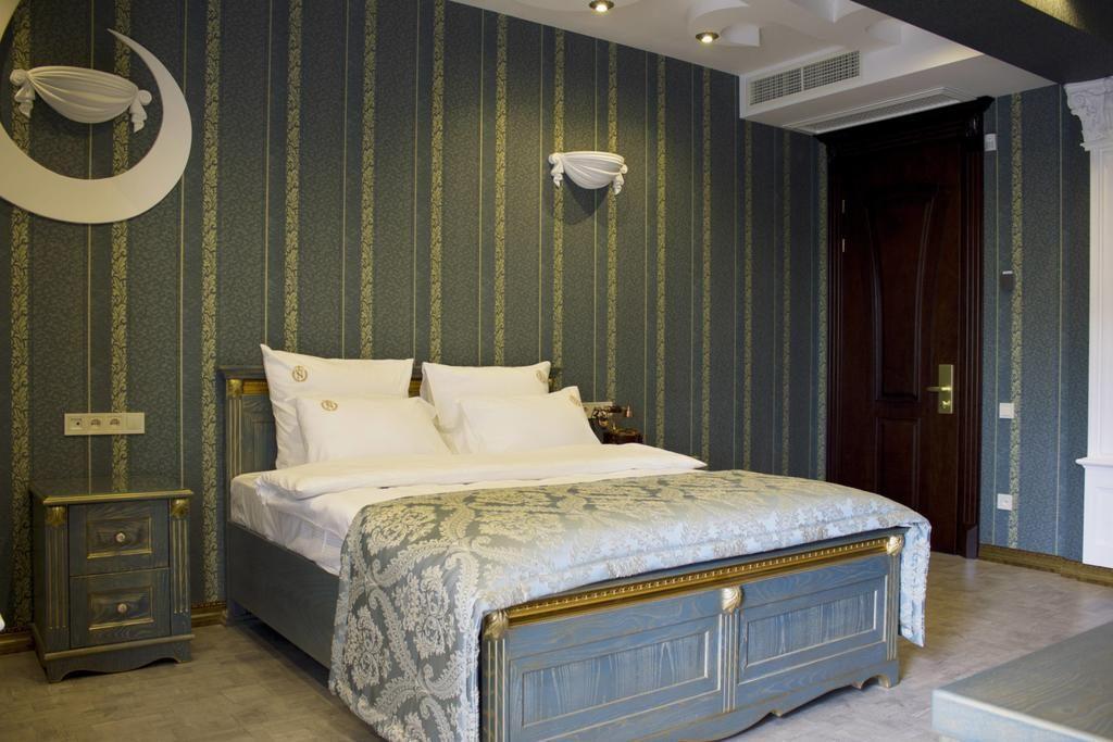اتاق های هتل Neapol boutique