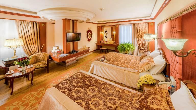 هتل بین المللی قصر طلایی 5