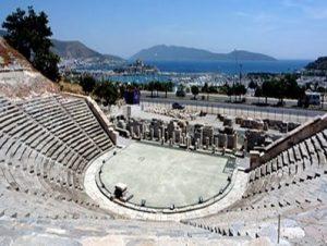 سالن آمفی تئاتر باستان بدروم