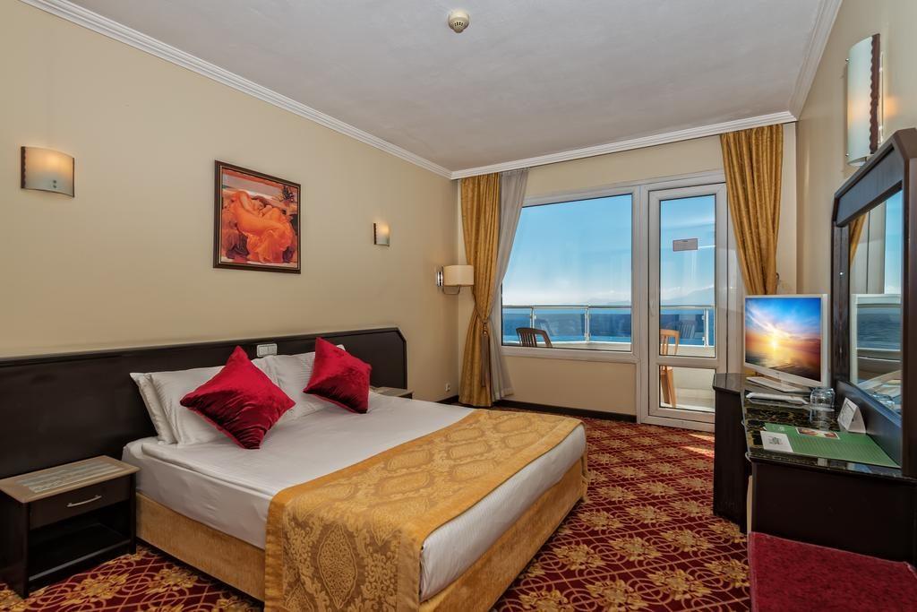 اتاق های هتل آدونیس لارا ADONIS LARA آنتالیا