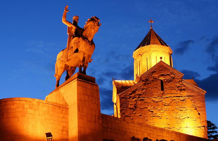 معبد Metekhi را در تور تفلیس خواهید یافت