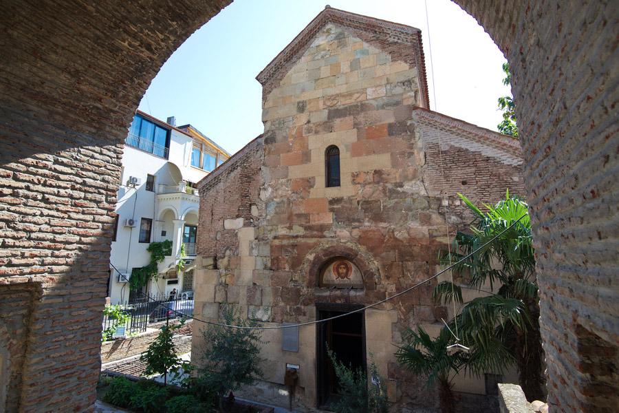 کلیسای Anchiskhati، بنای تاریخی که در تور تفلیس باید دید