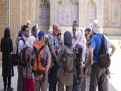 درآمد گردشگری ایران کمتر از یک میلیارد دلار است