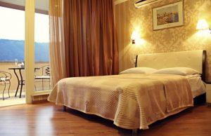 اتاق های هتل KMM تفلیس