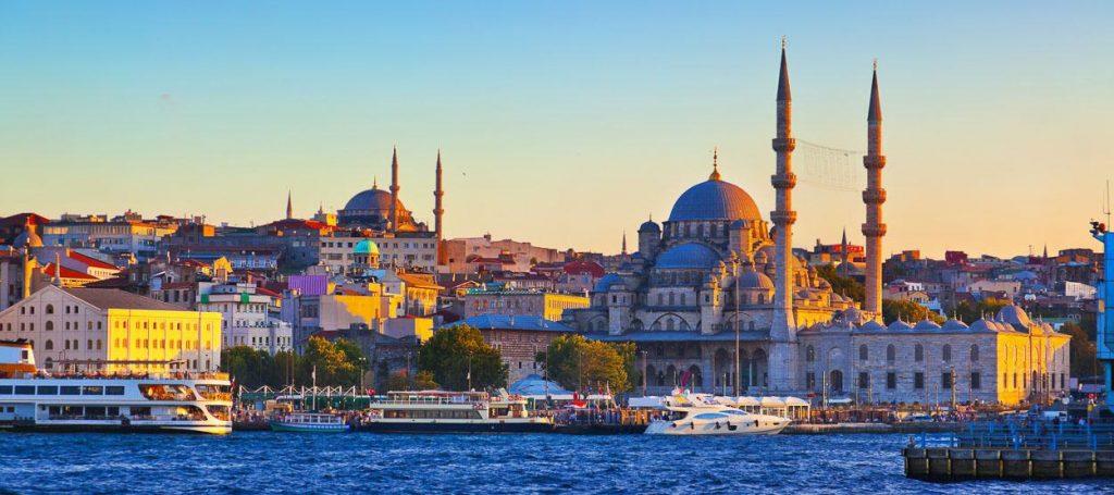 تور استانبول بهار 98