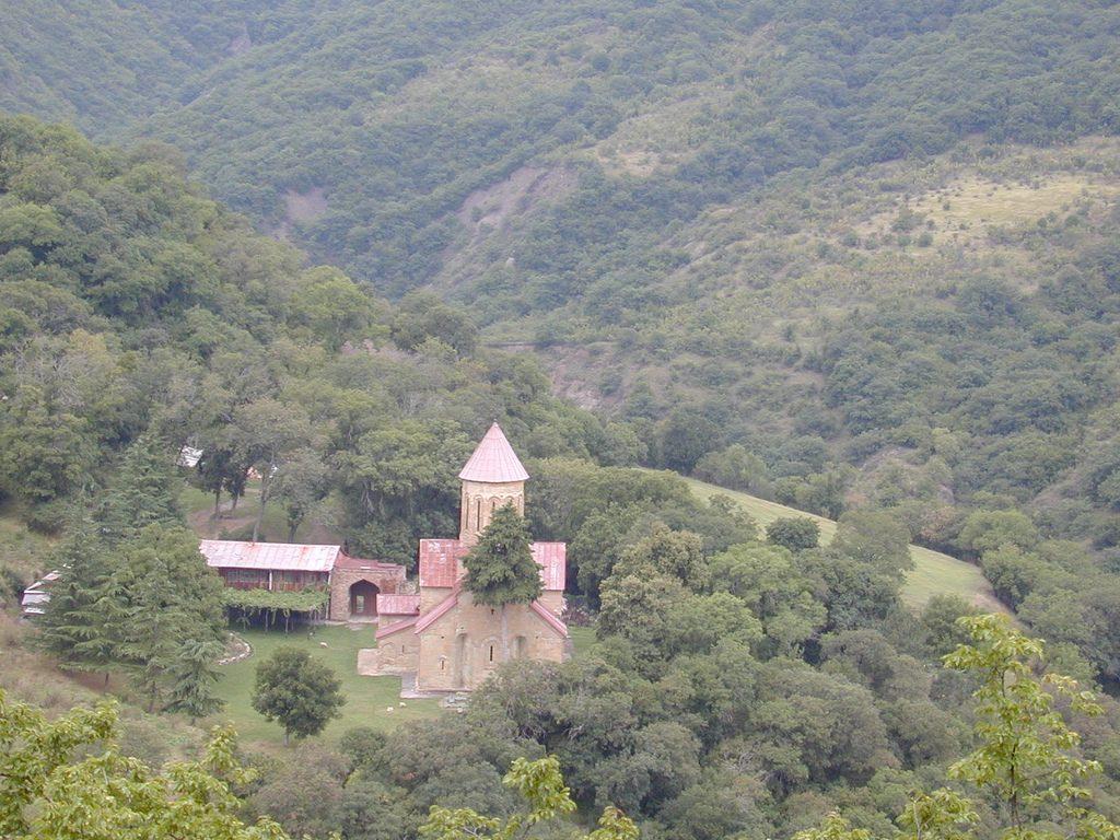 صومعه بتانیا تفلیس یادبود ملکه تامار