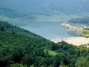 تور دریاچه لفور