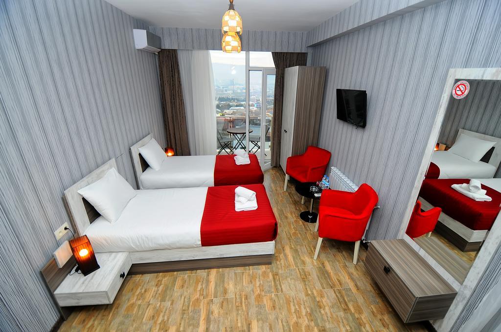 معرفی هتل Kolkhi Palace تفلیس