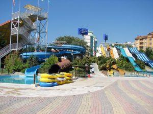 پارک آبی کلاب دلفین