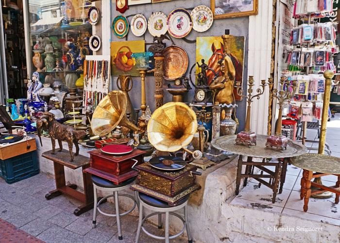 ۴ مغازۀ عتیقه فروشی دیدنی در استانبول