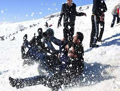تور یکروزه برف بازی آبعلی