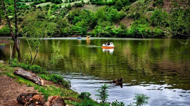 تور یک روزه دریاچه شورمست