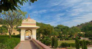 باغ و کاخ سیسودیا رانی