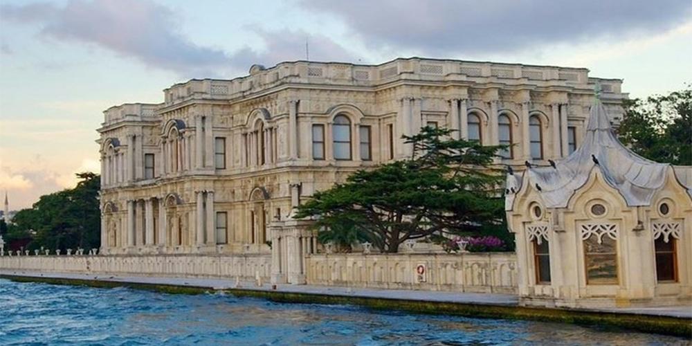 تاریخچه و معماری کاخ بیلربی استانبول