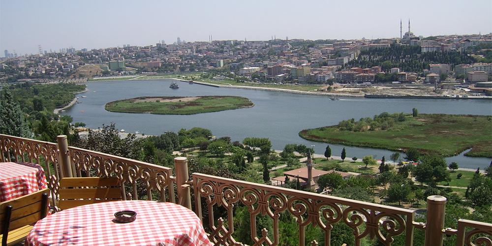 هتل های نزدیک تپه پیر لوتی استانبول