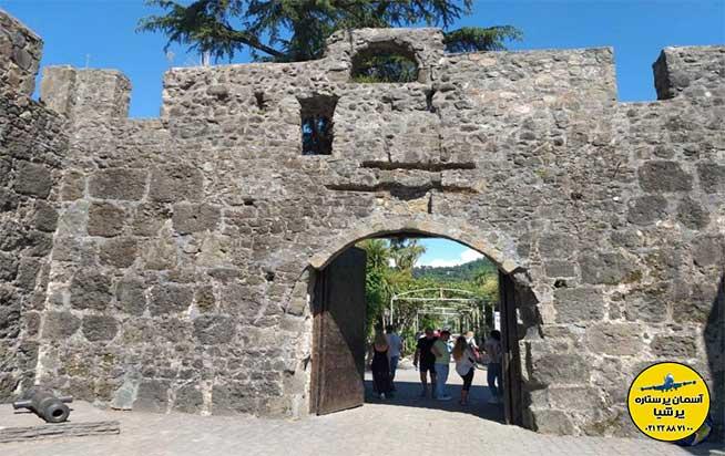 ورودی قلعه گونیو باتومی گرجستان