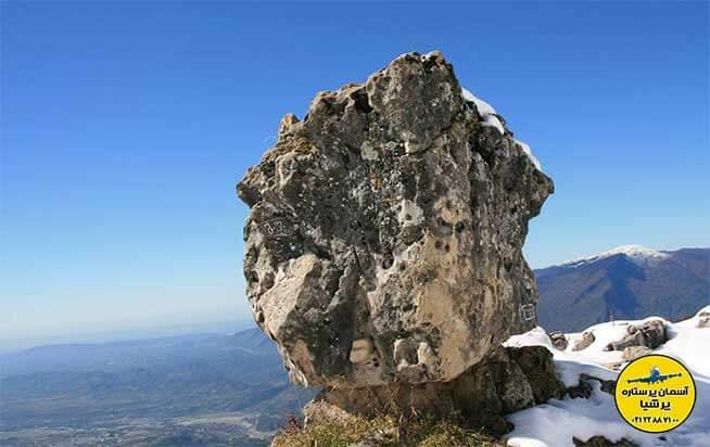صخره ی درحال تاب زوگدیدی گرجستان