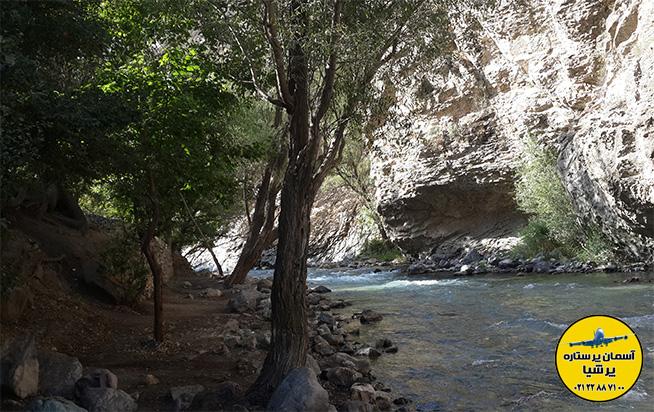 رودخانه و آبشار شهرستانک